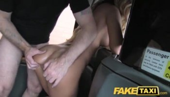 Playgirl captivates stud with her ramrod riding